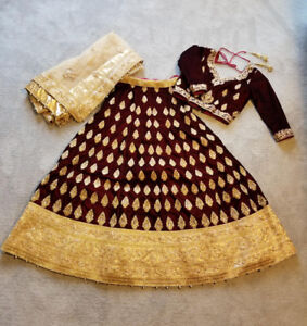 *BRAND NEW* Bridal Lengha. Size small, 4-6