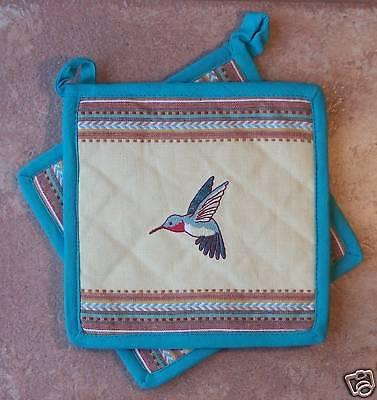 Hummingbird Potholders Kay Dee Embroidered Hummingbird Pattern  ()