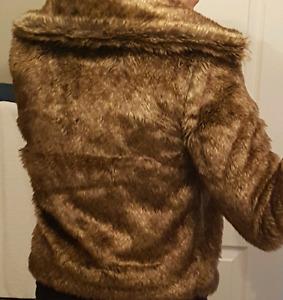 New Venus faux fur coat jacket size small Belleville Belleville Area image 6