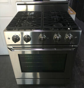 "Dacor Distinctive 30"" Gas Stainless Steel Range $3500 as tor"