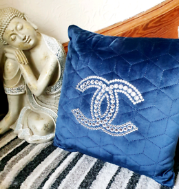 NAVY BLUE VELVET CRYSTAL LOGO CUSHION