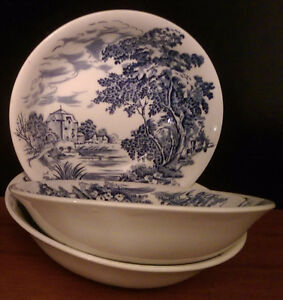 """Enoch Wedgwood (Tunstal) Hand Engraved """"Countryside"""" Bowls"""