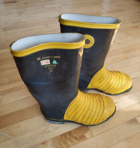 CSA steel toe working rubber boots