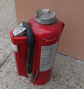 Extinguisher --30 Lbs-