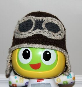 Knitted Hat - Fits Babies 9+ Months