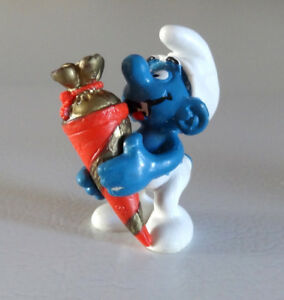 VINTAGE SMURF SURPRISE BAG  EN ROUGE  ET OR