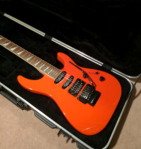 Jackson Dinky II and Traynor : Guitar and Amp