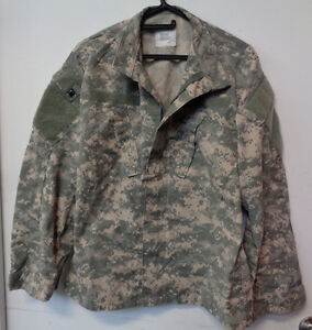 Army Surplus U.S. ACU Jackets at less than wholesale 50 per lot