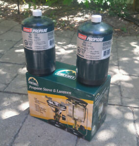 NEW, camping stove + lantern, plus 2x propane containers (full)