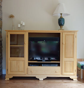 solid oak entertainment unit