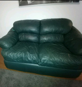 Free leather couches no rips