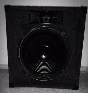 "12"" Speaker Woofer and Subwoofer Box x2"