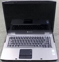 GATEWAY MA7 LAPTOP & CHARGER (needs repair) Hamilton Ontario Preview