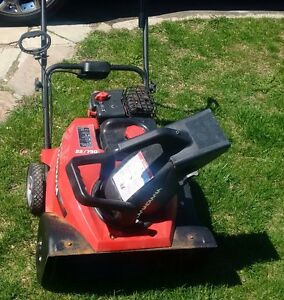 Briggs and Stratton Canadiana 750 snowblower