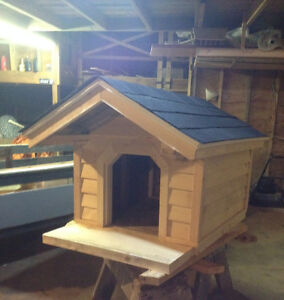 Dog house for sale!