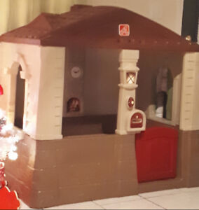 playhouse used indoors only