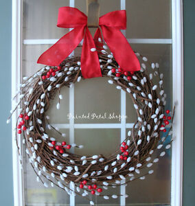 Willow Spiral Wreath/Holly Berries/Winter Wreath/RusticChristmas