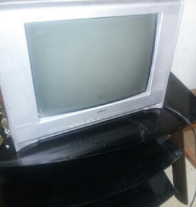 Multiple tv's and stands $15 each