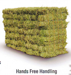 $2-5 Small square bales in straw, hay, alfalfa easily delivered