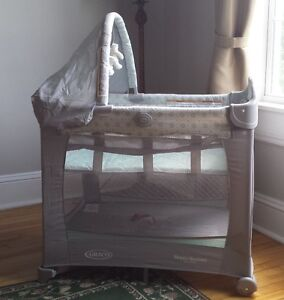 New Graco Travel Lite Bassinet and Playard