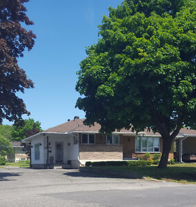 Beautiful Home Centrally Located Near Soo College