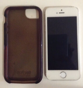 Iphone 5s 16Gb with case (Telus/Koodo)