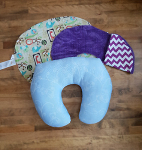 Jolly Jumper Nursing Pillow & 2 Covers