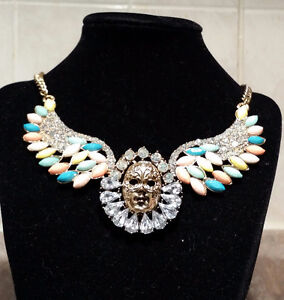 Beautiful Necklace With Wings