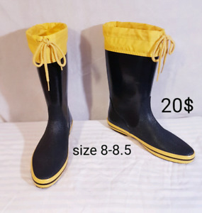 ladies rubber boots size 8-8.5 20$ new condition
