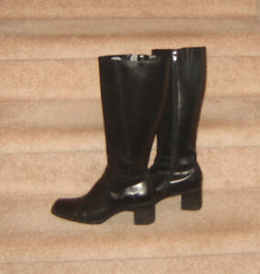 3 Pairs Boots, Naturalizer Shoes, Converse - size 9, 9.5