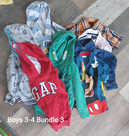 Boys 3-4 years clothes bundle 61 items. (Bundle 3)