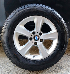 4 mags BMW X5,  17'' avec pneus d'hiver 235-65-17