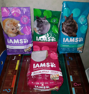 Iams Cat & Kitty Food