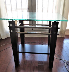 Modern Glass Top End Table / Side Table