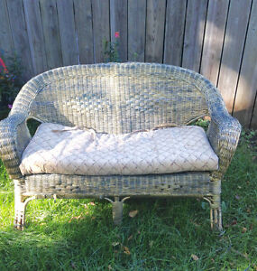 Wicker double chair