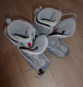 Atomic Snowboard boots, youth (men's) size 5, good condition Kitchener / Waterloo Kitchener Area image 1