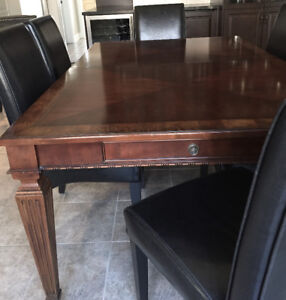 Ethan Allan Dining Table