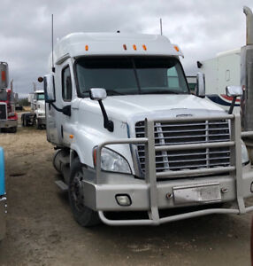 FREIGHTLINER CASCADIA PARTS