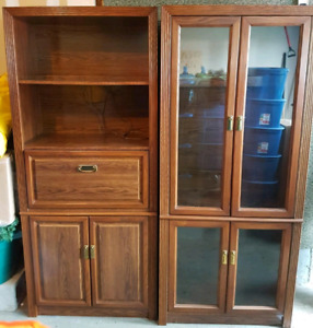 Solid Oak Curio & Hutch