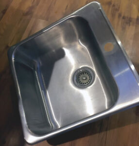 Stainless Steel Sink (BRAND NEW by KINDRED)