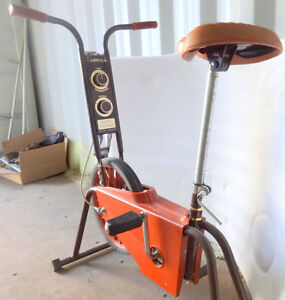Vintage SUPERCYCLE EXERCISE BIKE BICYCLE OAKVILLE 905 510-8720