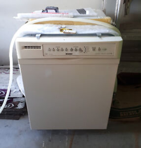 Working Kenmore Dish Washer- Needs to Go