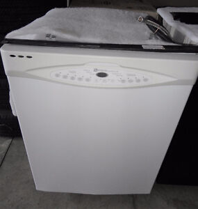 Maytag White Dishwasher in Good Condition