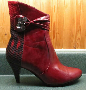 Luvshoe's ladies boots