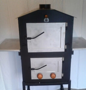 Oudoor Pizza Oven and Smoker