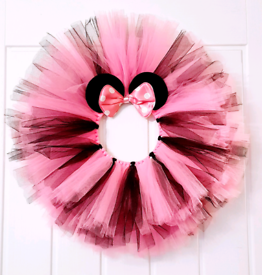 Minnie mouse wall door decortion