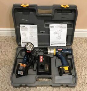 Cordless drill and flashlight combo
