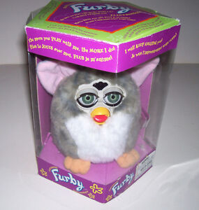 Furby 98 Original Edition Interactive Talking Model 70-800 London Ontario image 1