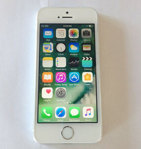 Bell/Virgin Apple iPhone 5S 16GB Silver Excellent Condition $150