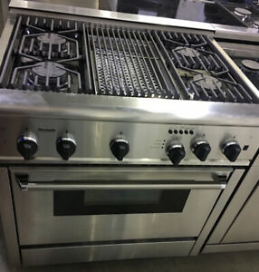 "36"" Thermador stainless steel dual fuel with grill Range 3500 to"